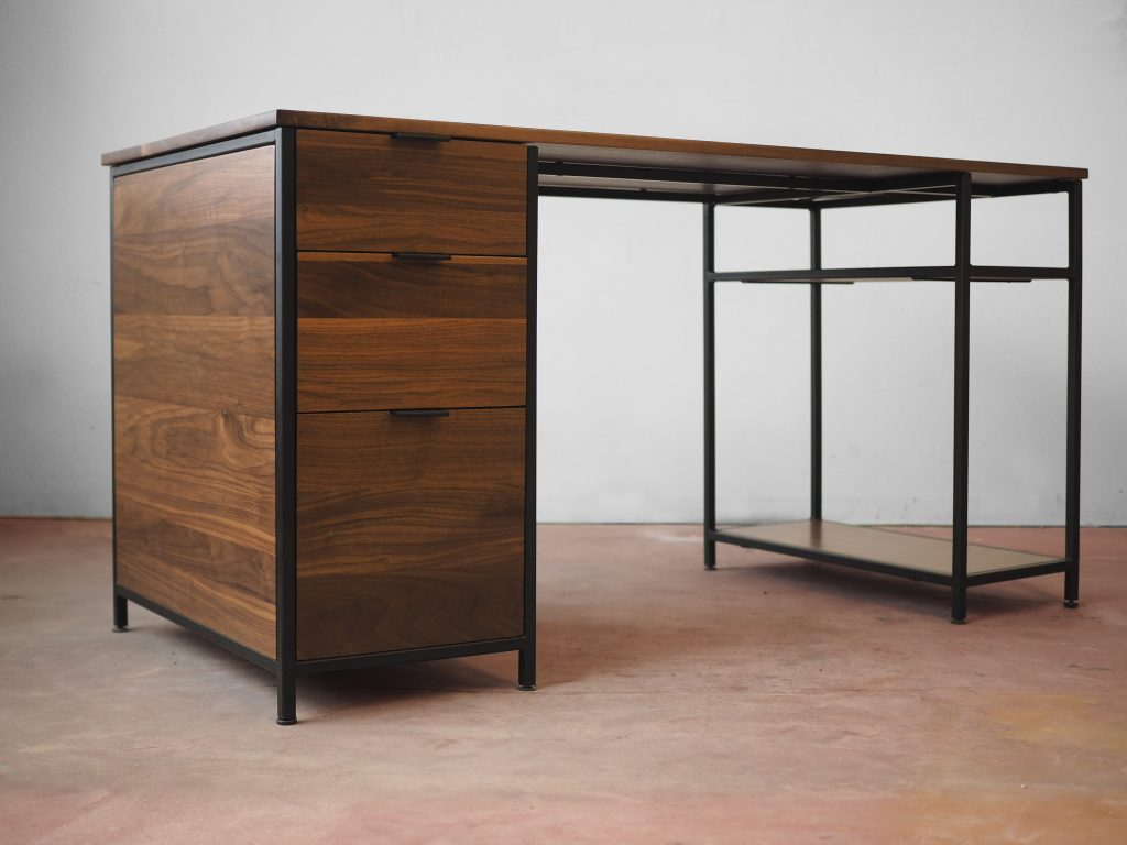 Mack Desk